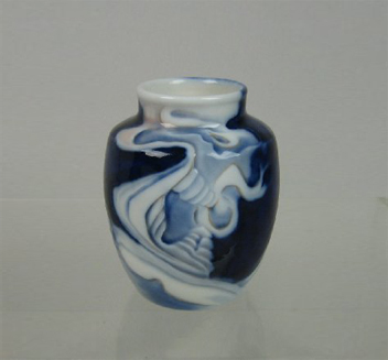 effie_egermann_lindencrone_vase_1