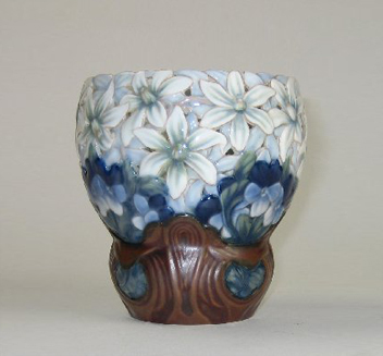 effie_hegermann_lindencrone_vase_1